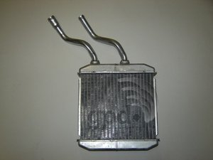 (Global Parts 8231257 Heater Core)