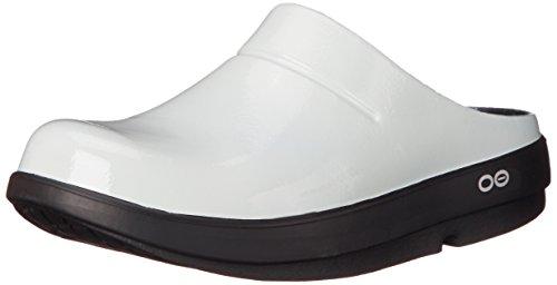 Oofos Unisex Oocloog Satin Clog Mule Black / Cloud White