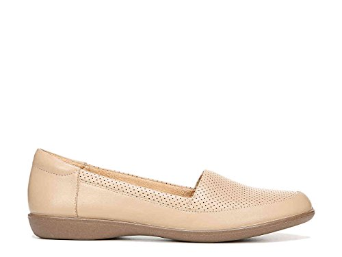 Naturalizer Womens Lorraine Closed Toe Loafers Nude Kc1k0