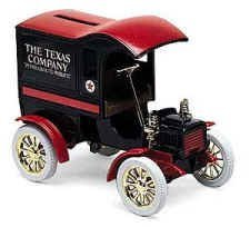 Texaco ERTL 1905 Ford Delivery Car Bank-The Nostalgic Collector Series The Texas Company Petroleum &its Products -