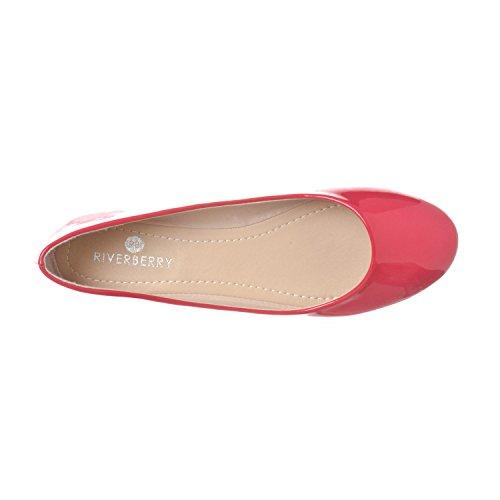 Riverberry Damen Aria Basic Geschlossene Runde Zehe Ballett Flache Slip On Shoe Fuchsia Patent