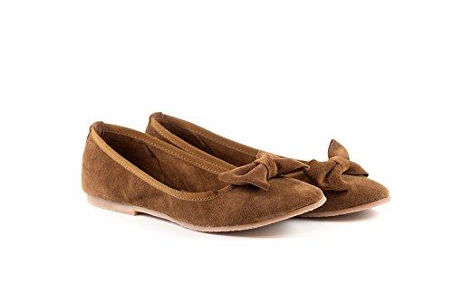 Scarpa Donna Ballerina, In pelle scamosciata -SilferShoes - made In Italy - Colore Cuoio