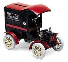 Ertl 1905 Texaco Ford Delivery Car bank-The Nostalgic Collector series THe Texas Company Petroleum &its products -