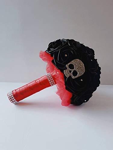Skull Bouquet - black Skull bouquet black bouquet gothic bouquet goth bouquet black and red bouquet black bride bouquet black bridesmaid bouquet black wedding bouquet halloween bouquet black weddig bridal bouquet