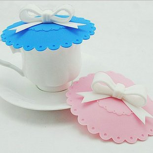 Domire Fashion 2 pcs Lovely White Bow (Pink / Blue) Lid Watertight Silicone Cup Lid Cover Case Mug Cap Block dust Leakproof Eco-friendly High Quality Innovation Personalized Design Lid