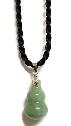 Chinese Feng Shui Necklace Wu Lou Jade Lucky Pendant for Attract Wealth and Health