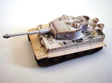 World Tank Museum - 1/144 World Tank Museum Series 01-2 Tiger Type I Heavy Tank ( late type) winter camouflage single item