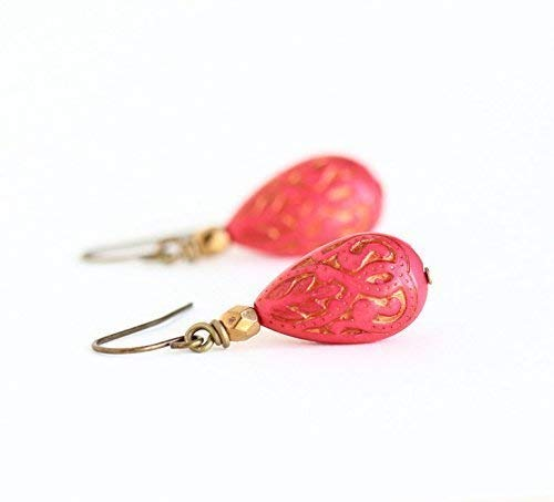 Boho Style Coral Red Beaded Earrings With Inlaid Gold Design ()