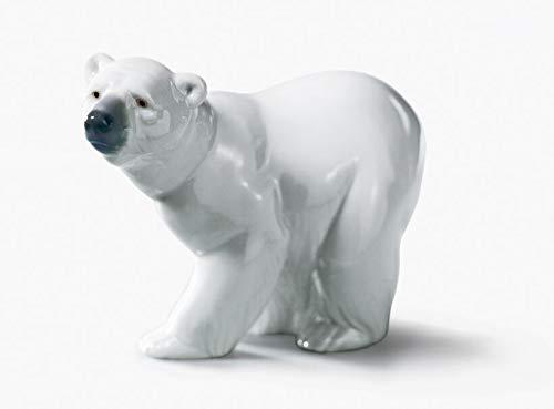Lladro #1207, Attentive Polar Bear