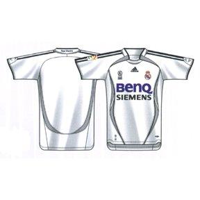 quality design e3517 2b3d8 Amazon.com : Adidas Real Madrid BenQ Siemens Soccer Jersey ...