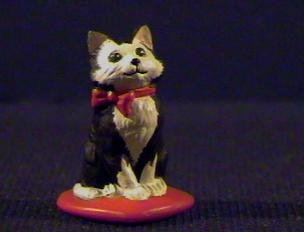 Hallmark Merry Miniatures Valentine's 1989 Kitten on Heart