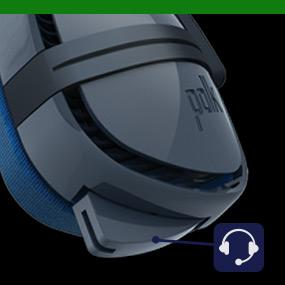Retractable near field microphone tucks smoothly up into the ear cup.