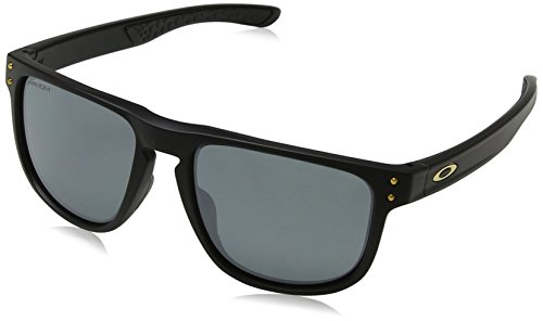 Oakley Men's Holbrook R Polarized Iridium Square Sunglasses, Matte Black, 55.0 ()
