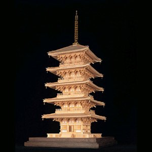 プラッツ 1/70 木製建築模型 東寺 五重塔 (限定商品) プラモデル