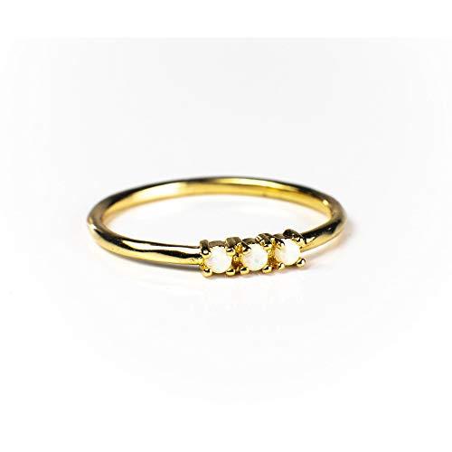 (Blush and Bar Simple Dots Ring (Gold, 5) )