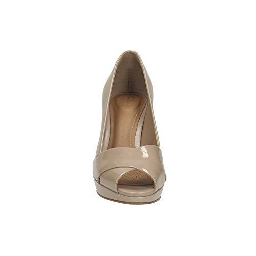 Clarks Corte zapatos nube de Jenness mujeres en patente arena Sand Patent 6 E