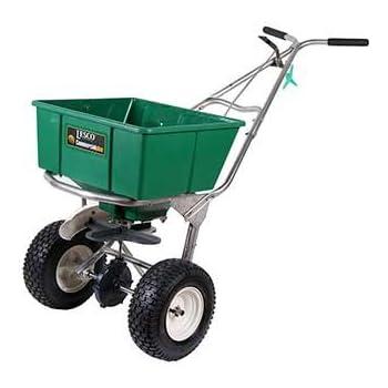 how to make a lawn fertilizer spreader