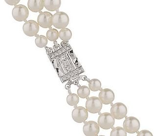(Jacqueline Jackie Kennedy Triple Strand Shell Pearl Necklace 18 Inch Length)