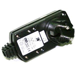 AQUASPA Plug Disjoncteur diff/érentiel 10mA 220V
