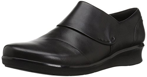 (CLARKS Women's Hope Race Loafer, Black Leather, 075 M)