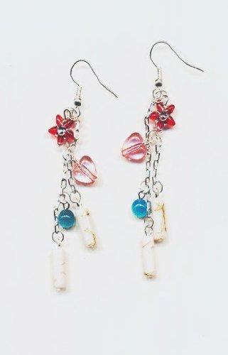 1 paire Boucles d'oreilles metal, perles multicolors . Accessoires argentes.