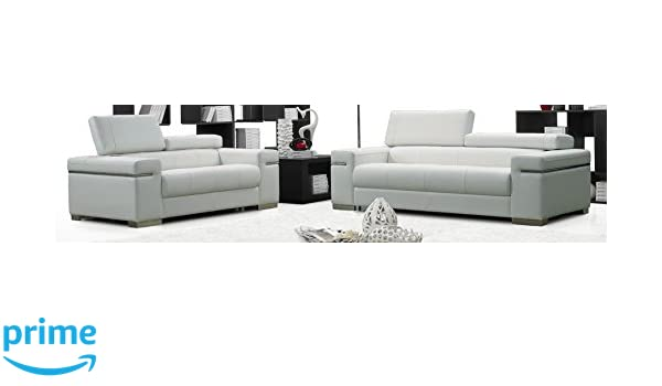 Amazon.com: J and M Furniture 17655111-L-W Soho Loveseat in ...