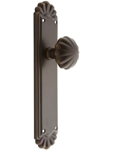 (Trenton Door Set With Fluted Brass Knobs Privacy In Oil Rubbed Bronze.)