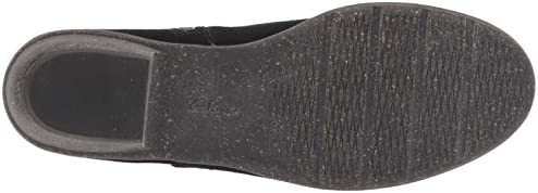 CLARKS Womens Wilrose Frost Boot, Black Suede, Size 7