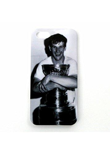 NHL Boston Bruins Bobby Orr Hugging Stanley Cup iPhone 5 Phone cover 343296 GNRHKYPCORRIP5H