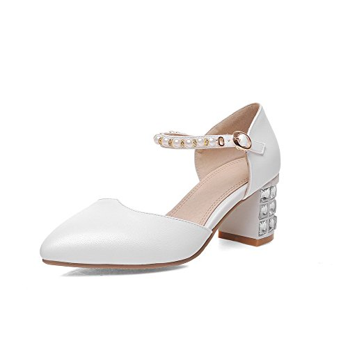 AllhqFashion Women's Kitten-Heels Soft Material Solid Buckle Closed Toe Sandals White