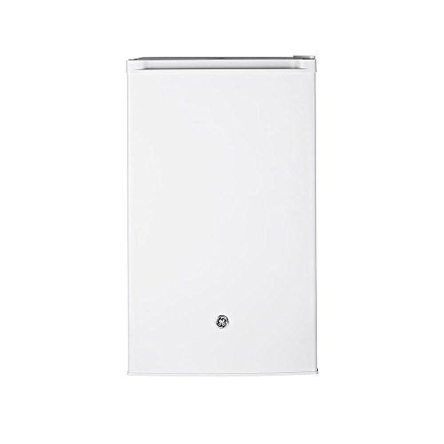 GE GME04GGKWW 20″ Freestanding Compact Refrigerator in White