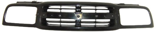 (OE Replacement Chevrolet Tracker Grille Assembly (Partslink Number GM1200434))