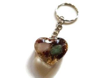 Orgone/Orgonite Heart Keychain with Clear Quartz, Shungite, Rose Quartz, Agate, Pyrite, Selenite, And Gold Leaf Active Photos Rose Quartz Leaf