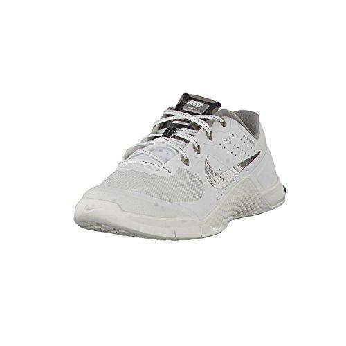 Nike Womens Metcon 2 Summit White/Metallic Pewter Nylon Running Shoes 7 M US