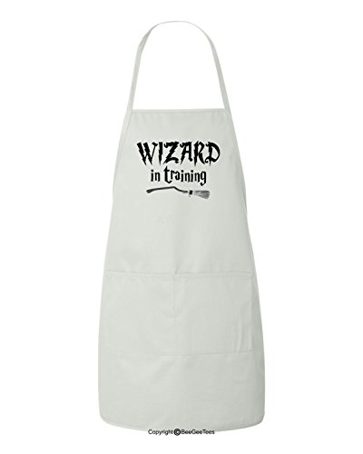 (BeeGeeTees Wizard in Training Funny Harry Potter Inspired Hogwarts BBQ Apron)