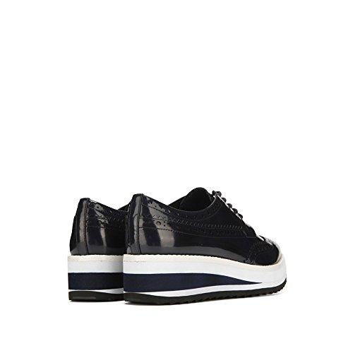 Kenneth Cole New York Roberta Patent Lær Plattform Sko Sneaker - Womens Tinn
