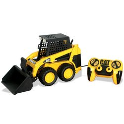 Amazon com: Toystate Remote Control Caterpillar Skid Steer: Toys & Games
