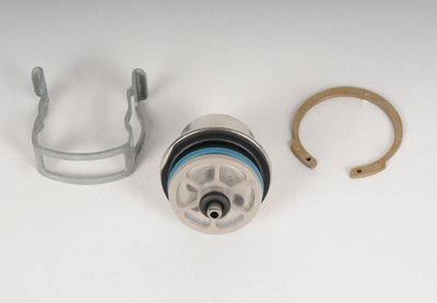 Original Equipment Fuel Injection Pressure Regulator Kit with Regulator and Clips ()