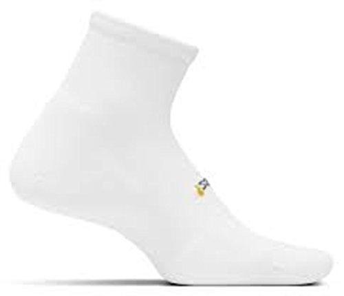 Feetures TWO PAIRS of Multi Sports Light Cushion Seamless Toe Quarter Socks ()