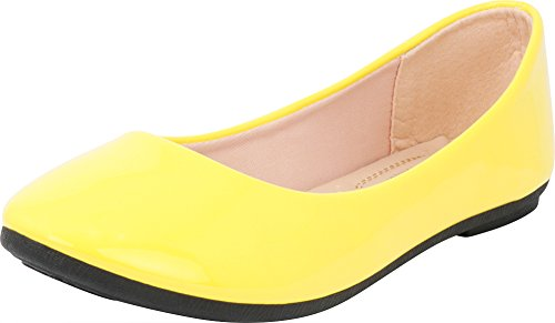 (Cambridge Select Women's Classic Closed Round Toe Slip-On Ballet Flat,8.5 B(M) US,Yellow Patent Pu)