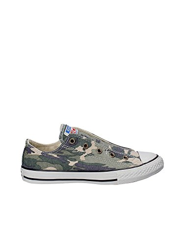 Converse Junior CTAS Chuck Taylor All Star Slip Camo (4 M US Big Kid)