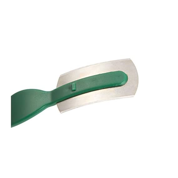 Juvale Bread Lame - Dough Scoring Tool with Plastic Handle with Sharp Carbon Steel - 5.91 x 0.25 x 1.1 Inches 5 SET INCLUDES: 1 bread lame with a green handle made of curved ABS plastic for secure grip and a sharp carbon steel razor. DURABLE MATERIALS: Handles are made of ABS plastic for secure grip equipped with a sharp carbon steel razor. INCLUDES COVER: Comes with a blade cover to store when not in use. NOTE: The razor blade is not replaceable.