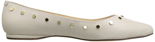 Nine West Kvinners Sigimonda Skinn Ballett Flat Off White