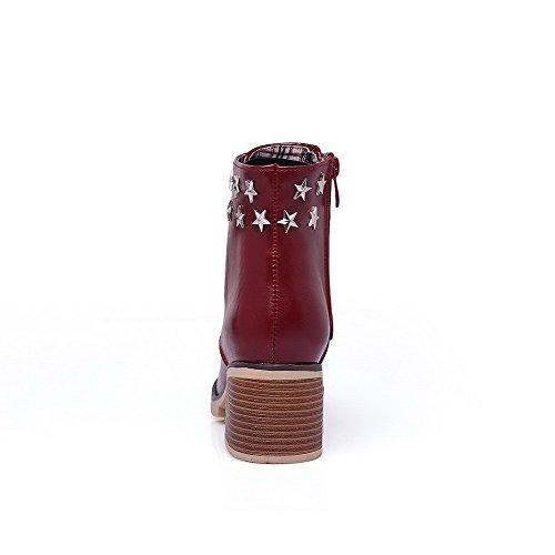 AllhqFashion Damen Rivet Set Mittler Absatz Rund Zehe Eingelegt Reißverschluss Stiefel Weinrot