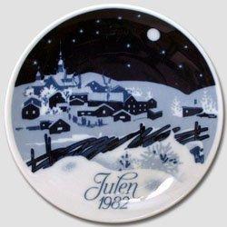 Porsgrund Christmas Plate - Porsgrund 1982 Christmas Plate - White Christmas