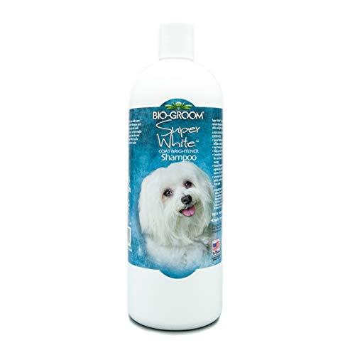 BIO GROOM Super White Coat Brightening Dog Shampoo  32 oz.