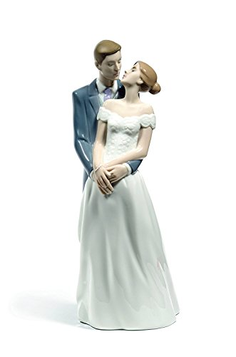 Nao figurine by Lladro 02001713 Unforgettable day 1713- Beautiful porcelain statue -Bride with a long dress and Groom, Kissing Couple, Nice, Elegant, Romantic ,Wedding gift collectibles new ()