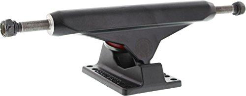 採用する採用する編集するCaliber標準8.5ブラックアウトスケートTrucks