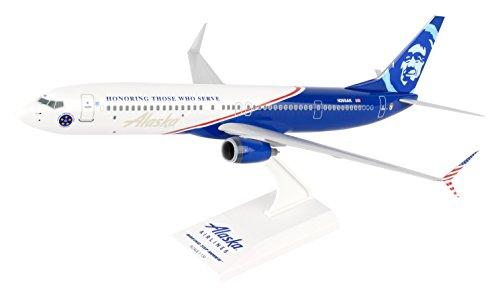 Daron Worldwide Trading Skymarks Alaska 737-900 1/130 Veterans Plane Model