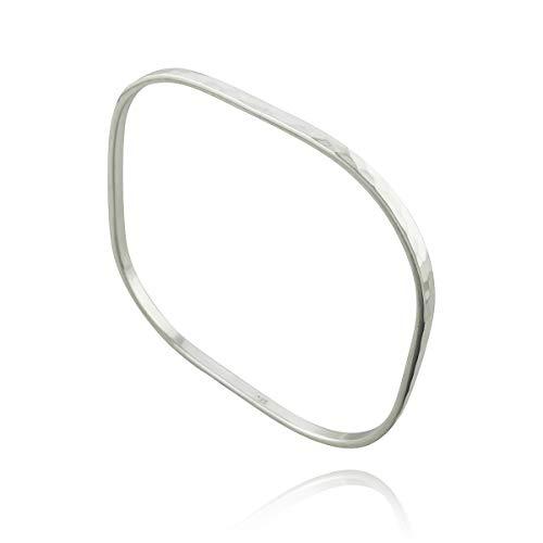 FashionJunkie4Life Sterling Silver Square Hammered 3mm Bangle Bracelet ()